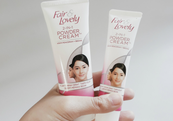 gambar review ke-1 untuk Fair & Lovely 2 in 1 Powder Cream