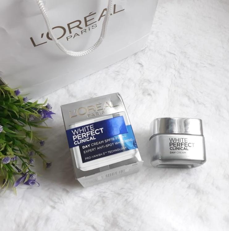 gambar review ke-5 untuk L'oreal Paris White Perfect Clinical Essence Lotion
