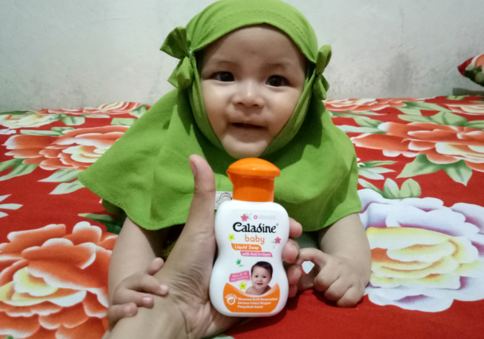 image review Caladine Baby Liquid Soap With Anti Irritant