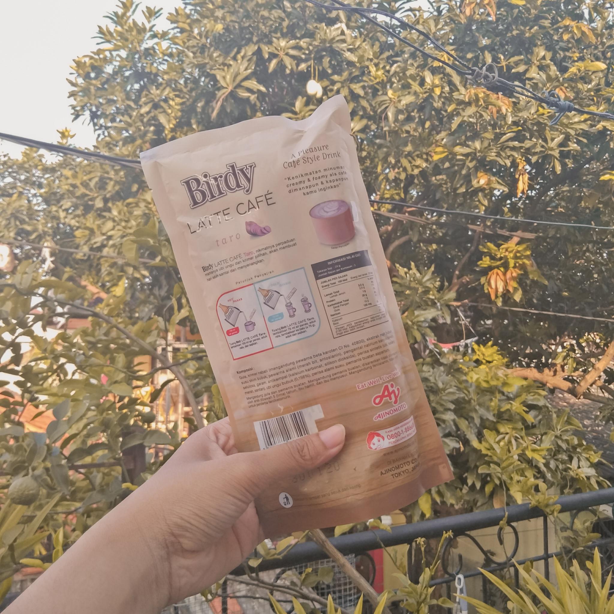 gambar review ke-2 untuk Birdy Cafe Late - Taro