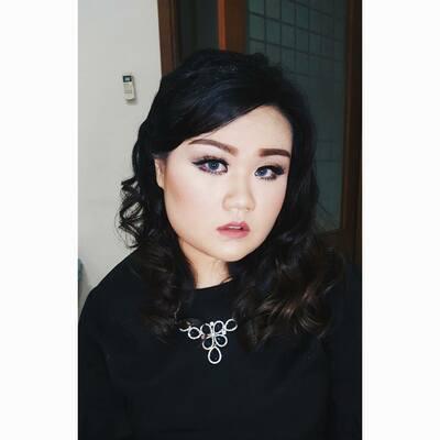 Angeline Vivian