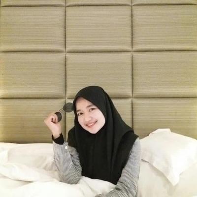 user Nur Tiara Artini